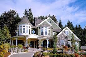 farmhouse style house plan 4 beds 2 50 baths 2700 sqft 5250 sq ft