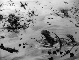 war of the worlds book report pacific crucible war at sea in the pacific 1941 1942 by ian w illustration of the battle of midway during world war ii 1942 credit hulton archive getty images