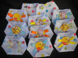 winnie the pooh baby shower decorations hey i found this really awesome etsy listing at http www etsy