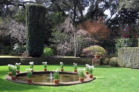 lovely ideas fountain garden tasty 1000 ideas about garden
