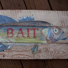 pallet wood fish bait sign diy scavenger chic vintage style