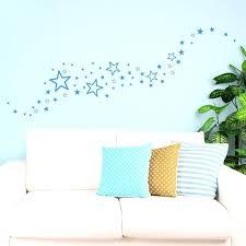 stickers étoile chambre bébé deco chambre etoile kit de 60 stickers toiles design stickers etoile
