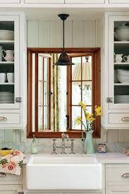 Kitchen Cabinets New Orleans by Crisp U0026 Classic White Kitchen Cabinets Southern Living