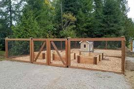 fenced in area for dogs backyard fence ideas