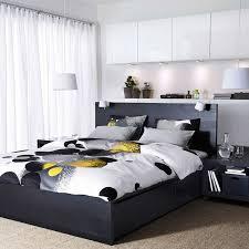 lit chambre tête de lit avec rangement pour une chambre plus organisée