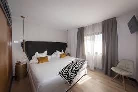 chambre avec bain a remous suite deluxe avec bain à remous hotel la laguna