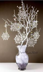 Christmas Tree Centerpieces Wedding by Best 25 Snowflake Centerpieces Ideas On Pinterest Winter