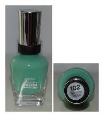 sally hansen complete salon manicure tempting taurus light green