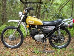 dt 100 1974 yamaha enduro street legal title 1 lgw jpg 1600 1200