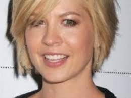 coupe cheveux fins visage ovale coiffure femme cheveux fins visage ovale coiffures féminines et