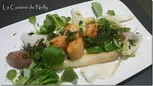 cuisiner les asperges blanches salade d asperges blanches st jacques et echalotes la cuisine de