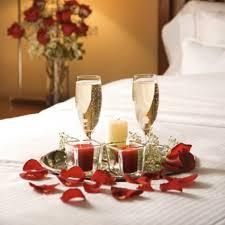 chambre pour une nuit en amoureux valentin deco chambre adulte accueil design et mobilier