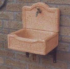 lavelli esterno lavandini in pietra da giardino foto 3 15 design mag