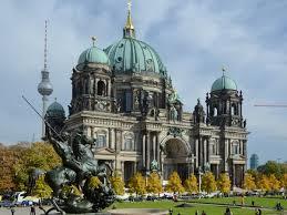 größte stadt deutschlands fläche der berliner dom ist die flächenmäßig größte evangelische kirche