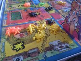 creepy crawlers a board game a day