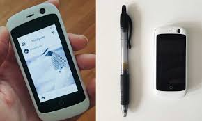 smallest android phone world s smallest 4g smartphone unveiled technology dunya news