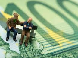 absicherung im alter altersvorsorge die sparen fürs alter versicherung und geldanlage trennen n tv de
