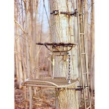 family tradition 25x31 inch lock on tree stand 144054 hang on