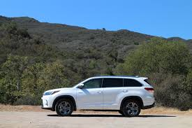 toyota hybrid 2017 toyota highlander hybrid brief drive of updated three row suv