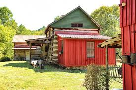 artist retreat c 1863 antique log cabin 28 acres log cabins for