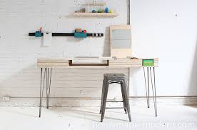 Diy Trestle Desk 25 Stylish Diy Desks