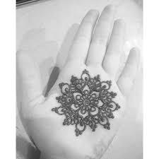 a cute henna mandala like merchemariposa did for such a fun game