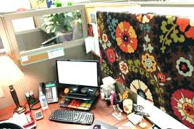 Office Desk Deco Cubicle Office Decor Mesmerizing Office Desk Decor Decorating