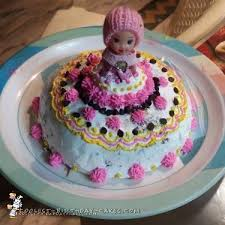 cake for 700 coolest doll and cake designs
