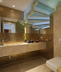 wandgestaltung gold metallische wandgestaltung für luxuriöses ambiente mit glam effekt