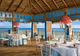restaurants for wedding reception luxury abounds for destination wedding at secrets cap cana