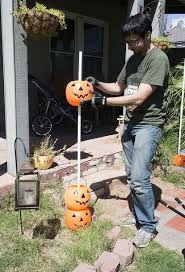 Outdoor Halloween Decorations Pumpkin by Do It Yourself Halloween Props Best 25 Outdoor Halloween