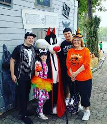 Six Flags Friends Fright Fest Now In Full Swing At Six Flags Great Adventure