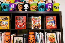 halloween party goodie bags 5 tips for halloween party favor bags on a budget jennifer