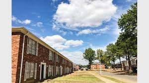 2 Bedroom Townhomes For Rent by Oakshire Downs Apartments And Townhomes For Rent In Memphis Tn