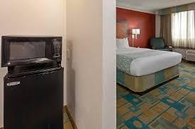Comfort Suites Seattle Airport La Quinta Inn U0026 Suites Seattle Sea Tac Airport 1 0 5 84