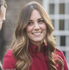 looking with grey hair revealed how the duchess of cambridge uses a 350 hair dye