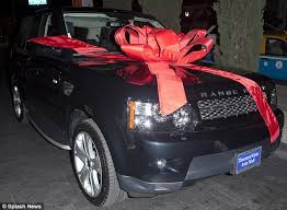 bows for cars presents that s a sweet 16 kendall jenner gets a 56 000 range rover