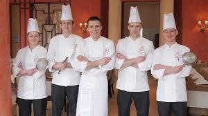 equipe de cuisine l équipe de cuisine de la table du golf picture of golf hotel