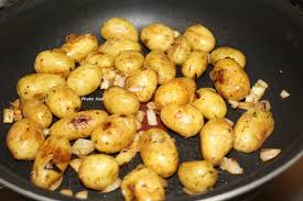 comment cuisiner les pommes de terre grenaille pommes de terre grenaille mamy nadine cuisine
