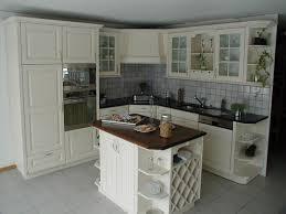 relooker une cuisine en bois cuisine peinte en blanc chaios com
