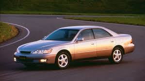 lexus es us news lexus es 300 has the most ticketed owners in the u s