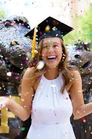 cheapest graduation invitations best 25 graduation photos ideas on pinterest grad pictures