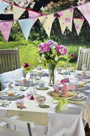 Easter Breakfast Table Decorations by Easter Party Decorations With Outdoor Area And Flowers And Table