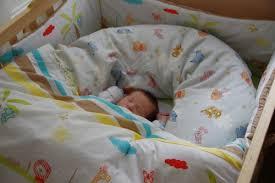 quand faire dormir bébé dans sa chambre ophrey com bebe dort seul dans sa chambre prélèvement d