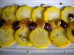 cuisiner les courgettes jaunes carpaccio de courgettes jaunes cranberries et tuiles au parmesan