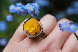 Real Flowers - poetic jewels containing real flowers 3 u2013 fubiz media