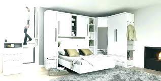 armoire chambre a coucher armoire chambre a coucher design sign lit c socialfuzz me