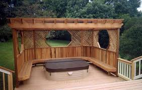 Pergola Deck Designs by Tub Backyard Deck Designs With Lattice Pergola Outdoor
