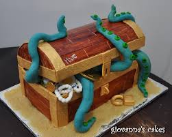 giovanna u0027s cakes marc u0027s pirate treasure chest cake u0026 cupcakes