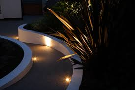moonlight outdoor lighting this curved path was highlighted by recessing hunza euro step